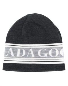 шапка с логотипом Canada goose