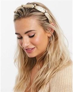 Золотистый блестящий ободок для волос с отделкой искусственным жемчугом Pieces