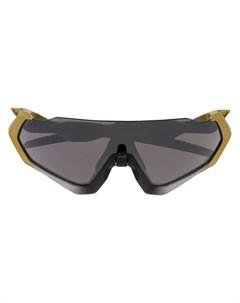 солнцезащитные очки авиаторы с затемненными линзами Oakley