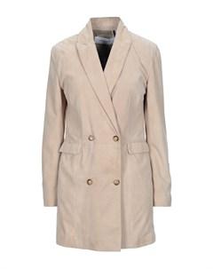 Легкое пальто Bully
