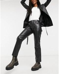 Кожаные прямые укороченные брюки черного цвета Muubaa