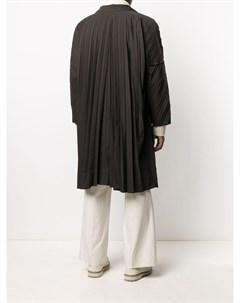 Плиссированное пальто с воротником воронкой Homme plissé issey miyake