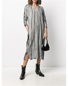 Трикотажное платье в полоску с принтом тай дай Suzusan