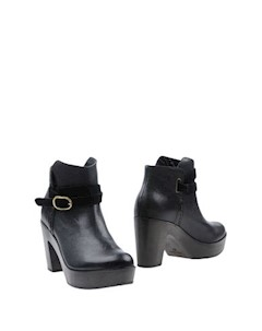 Полусапоги и высокие ботинки Mood
