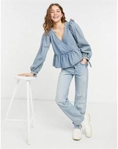 Голубая выбеленная блузка из мягкого денима с баской и запахом Asos design