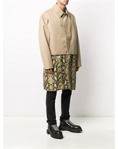 Многослойное пальто со змеиным принтом Cmmn swdn