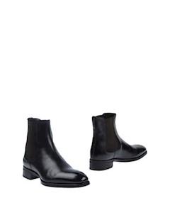 Полусапоги и высокие ботинки Max verre