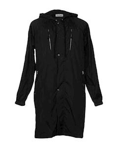 Легкое пальто Très bien