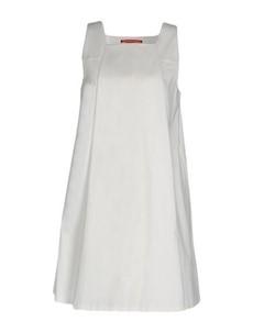 Короткое платье Roberto musso