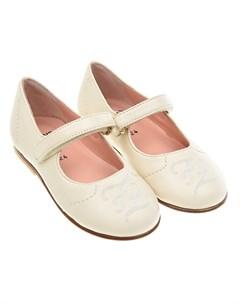 Кремовые туфли с вышитым логотипом Fendi