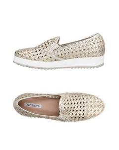 Низкие кеды и кроссовки Donna piu