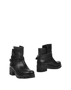Полусапоги и высокие ботинки Ma & mi