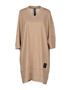 Короткое платье Odeur