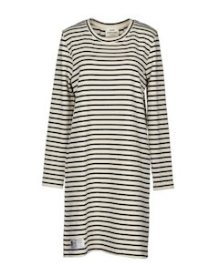 Короткое платье Mads nørgaard