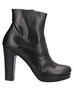 Полусапоги и высокие ботинки Pret a dancer