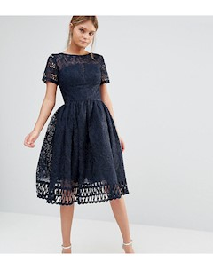 Темно синее кружевное платье премиум качества с вырезами и короткими рукавами Chi chi london