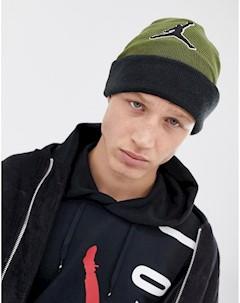 Шапка бини цвета хаки Nike AA1302 395 Зеленый Jordan