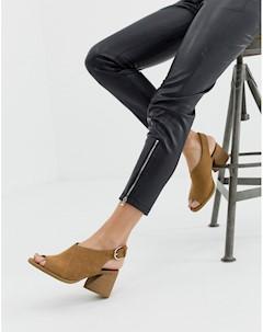 Светло коричневые повседневные сандалии на блочном каблуке с ремешком через пятку Dani Faith