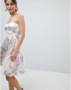 Приталенное платье для выпускного с цветочным принтом City goddess