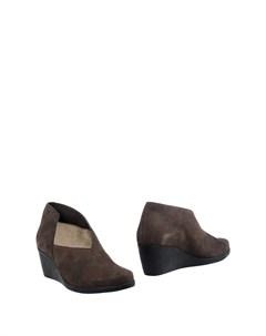 Полусапоги и высокие ботинки Arche
