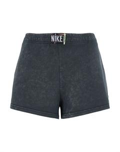 Шорты и бермуды Nike