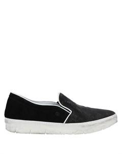 Кеды и кроссовки Khrio