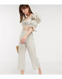 Бело бежевые брюки из ткани сирсакер ASOS DESIGN Petite Asos petite