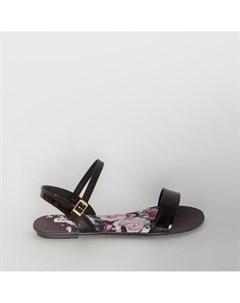 Черные лаковые сандалии Beira rio