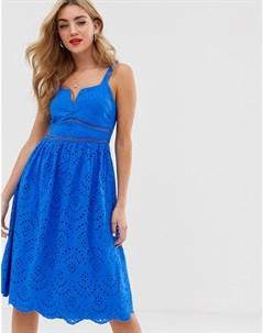 Ярко синее платье миди кроше с глубоким V образным вырезом Boohoo