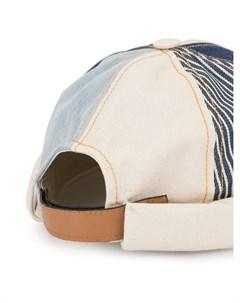 Beton cire шапка бини с нашивкой один размер синий Beton cire