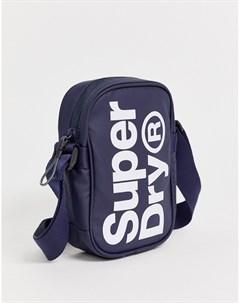 Темно синяя сумка для авиапутешествий с большим контрастным логотипом Superdry