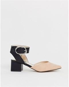 Туфли на блочном каблуке средней высоты с острым носком Blink