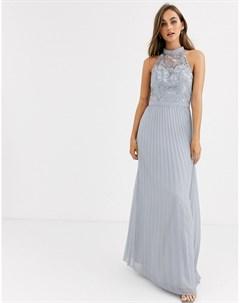 Серое платье макси с кружевом и плиссированной юбкой Chi chi london