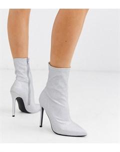 Серебристые блестящие полусапожки на высоком каблуке для широкой стопы Asos design