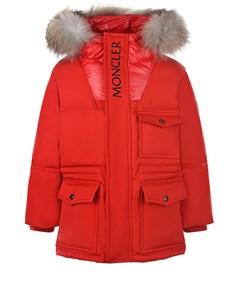 Красная пуховая куртка Moncler