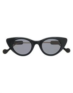 Затемненные солнцезащитные очки в оправе кошачий глаз Moncler eyewear