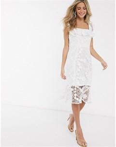 Белое кружевное платье футляр с квадратным вырезом и оборкой Paper dolls