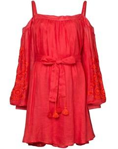 Платье с вышивкой и открытыми плечами March 11