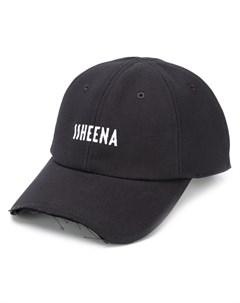 бейсболка с вышитым логотипом Ssheena