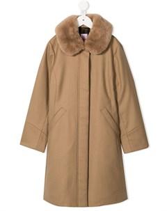пальто с меховым воротником Familiar