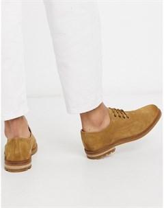 Бежевые замшевые туфли на шнуровке Clarks