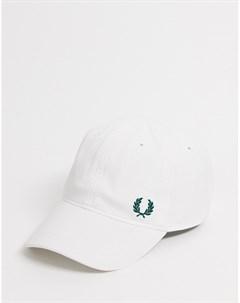 Белая классическая кепка из пике Fred perry