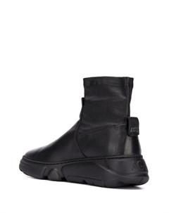 Высокие кроссовки Agl