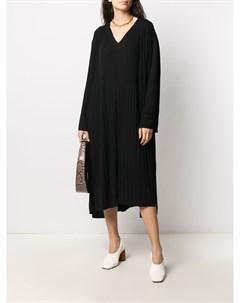Трикотажное платье с V образным вырезом Sminfinity